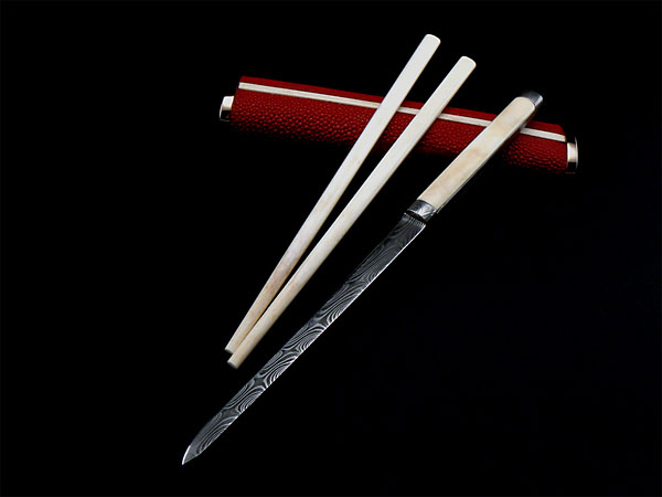 Eating set trousse with scabbard, knife and chopsticks